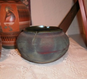 short round vase